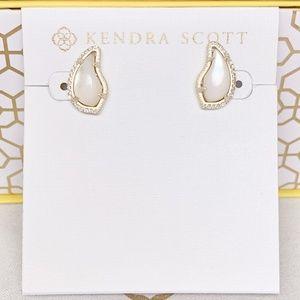 New Kendra Scott Temple Gold Ivory Pearl